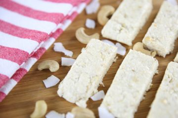 Fitness Recipe: Low Carb Coconut Cashew Bars
