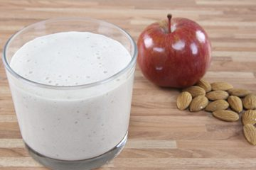Fitness Recipe: Apple-Almond Protein Smoothie