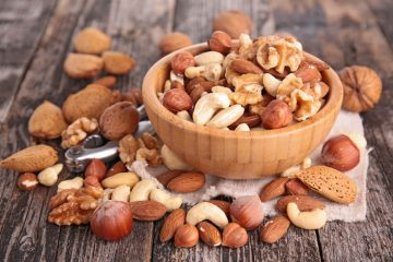 Nuts: benefits, snack suggestions and fitness recipe