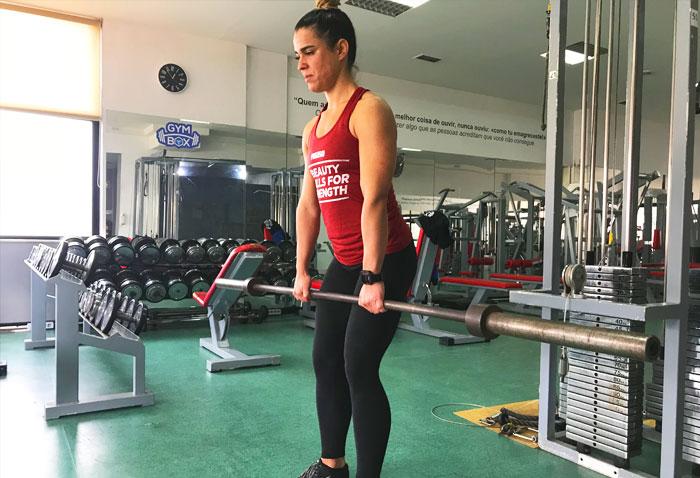 Exercícios para glúteos: Stiff