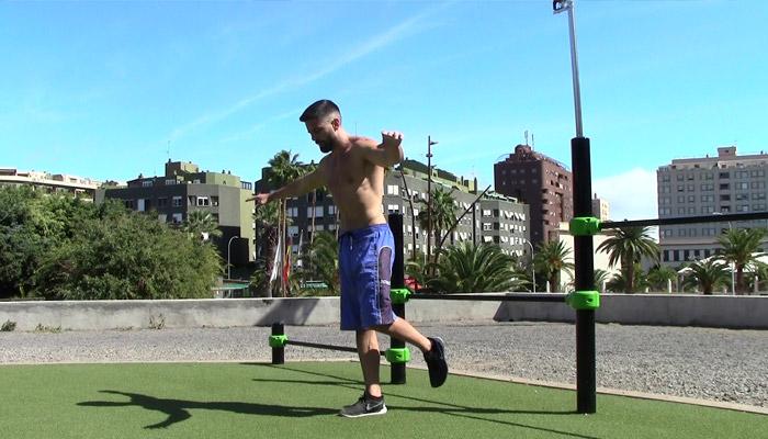 Single leg squats: Yerai Alonso