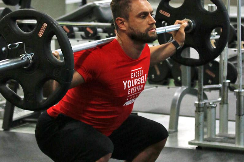 Paulo Nunes a treinar no ginásio
