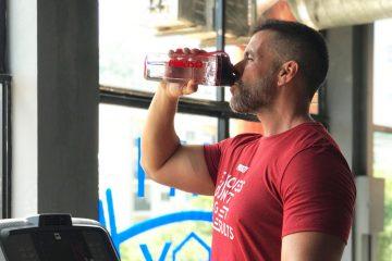 10 bons motivos pelos quais deves beber água