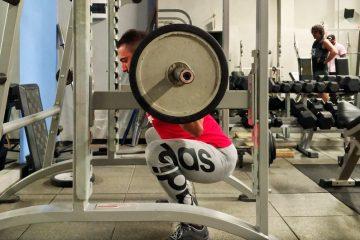 Come fare gli squat correttamente
