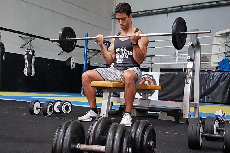 Aumentar a massa muscular ajuda-te a viver mais