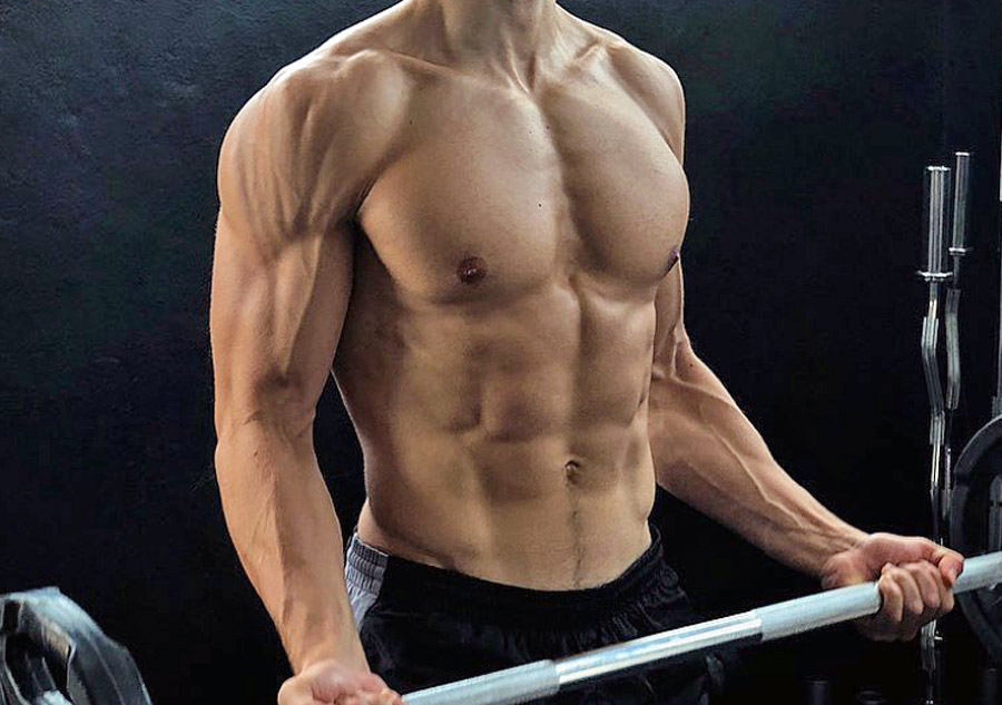 Esercizi per le braccia: Curl per i bicipiti