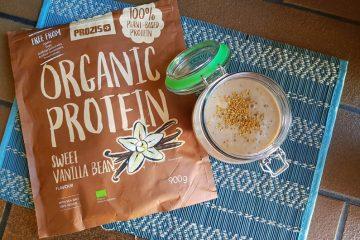 Smoothie proteico com proteína orgânica